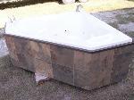 Lot: 52 - Whirlpool Tub
