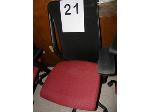 Lot: 21-30 - (10) Chairs