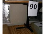 Lot: 90-93 - (4) Tables