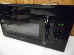 Lot: A7284 - Like New Frigidaire Microwave/Hood Combo