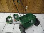 Lot: A7298 - Scotts AccuGreen 2000 & Turf Builder Seeders