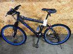 Lot: 02-20965 - Genesis V2100 Bicycle