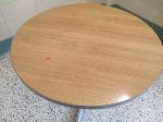 Lot: 34.SPE  - (8) Tables
