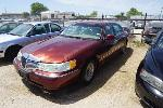 Lot: 27-133499 - 2000 Lincoln Town Car