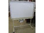 Lot: 57-051 - Panasonic Kx-B530 Smart Board