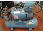 Lot: 57-069 - Portable Air Compressor