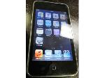 Lot: 57-104 - 8GB Apple Ipod Touch