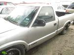 Lot: 910 - 1997 CHEVY S10 PICKUP