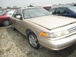 Lot: 919 - 1996 FORD CROWN VICTORIA