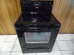 Lot: A7319 - Working Whirlpool Gloss Black Range Oven