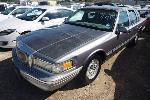 Lot: 10-132857 - 1996 Lincoln Town Car