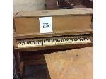 Lot: 5951 - Piano