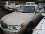 Lot: 04 - 1999 LINCOLN TOWN CAR