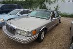 Lot: 03-134798 - 1994 Lincoln Town Car