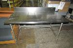 Lot: 11 - Stainless Steel Table