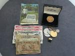 Lot: 6178 - 14K RINGS, COMMEMORATIVE MEDALS & FOREIGN BILLS
