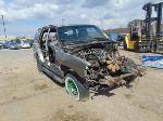 Lot: B8070676 - 2001 CHEVROLET TAHOE SUV