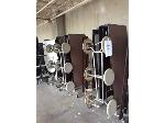 Lot: 5986 - (4) Cafeteria Tables