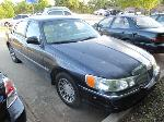 Lot: 18-0441 - 2000 LINCOLN TOWN CAR