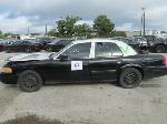 Lot: 67 - 2010 Ford Crown Vic