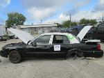 Lot: 69 - 2011 Ford Crown Vic
