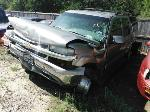 Lot: 06-633732C - 2002 CHEVROLET SUBURBAN SUV