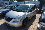 Lot: 17-136796 - 2006 CHRYSLER TOWN AND COUNTRY VAN