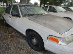 Lot: 6 - 2005 FORD CROWN VICTORIA