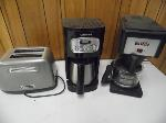 Lot: A7473 - (3) WORKING KITCHEN APPLIANCES