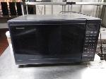 Lot: 10.BE - Workbench & Panasonic Microwave