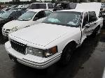 Lot: 1823526 - 1994 LINCOLN TOWN CAR - NON-REPAIRABLE