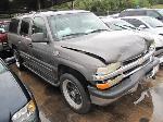 Lot: 1825152 - 2002 CHEVY SUBURBAN SUV - *KEY