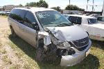 Lot: 026 - 2001 CHRYSLER TOWN AND COUNTRY VAN
