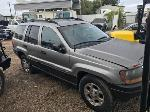 Lot: 15 - 2000 Jeep Cherokee SUV - Key / Starts