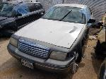 Lot: 115562 - 2001 Ford Crown Victoria