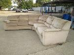 Lot: 12 - Sectional Couch