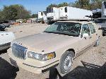 Lot: 148 - 1997 LINCOLN TOWN CAR