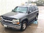 Lot: 17 - 2002 CHEVROLET TAHOE SUV - KEY / RUNS