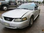 Lot: 07 - 2001 FORD MUSTANG - KEY / RUNS