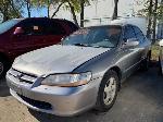 Lot: 07 - 2000 Honda Accord - Key / Starts