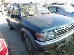Lot: 1213 - 1996 NISSAN PATHFINDER SUV - KEY / RUNS