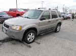 Lot: B806148 - 2001 Ford Escape SUV