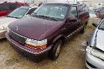 Lot: 20-57962 - 1993 Chrysler Town & Country Van