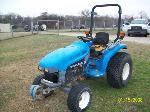 Lot: V101 - 1999 New Holland TC29 Tractor - Ran & Drove at Test