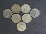 Lot: 570 - KENNEDY HALF DOLLARS