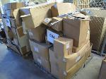 Lot: 504 - PALLET OF AUTO SOCKS & AUTO PARTS
