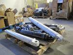 Lot: 519 - PALLET OF HYDRAULIC CYLINDERS, PUMPS