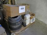 Lot: 522 - PALLET OF BRAKE DRUMS, VALVES, HOSES