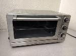 Lot: F689 - TOASTER OVEN