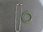 Lot: 6634 - BRACELET, NECKLACE, STERLING EARRINGS & 8-10K PINS